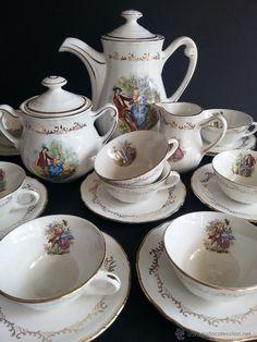 Juego de cafe estilo cl sico con cafetera y seis platos y for Juego de tazas de te