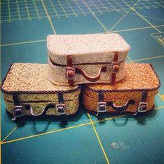Maletitas para el @blytheconmadrid. Ya va quedamdo menoooos :D #blythe #suitcases #madrid #blythecon
