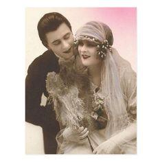 Chic Vintage Brides, Vintage Couples, Vintage Romance, Funny Wedding Photos, Vintage Wedding Photos, Vintage Weddings, Vintage Pictures, Wedding Fans, Wedding Shot