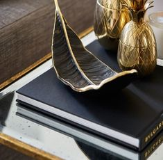 Modern Home Accessories Decor – Metropolitan Sideboard Exclusive Furniture… – Nazim World Stylish Home Decor, Cheap Home Decor, Diy Home Decor, Room Decor, Home Modern, Contemporary Home Decor, Modern Decor, Home Decor Accessories, Decorative Accessories