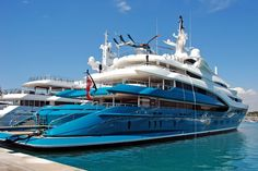 Beautiful safes, private jets, perfumes, pieces of jewelry and timepieces are the ultimate embodiment of the spirit of sophistication. Yacht Design, Yachting Club, Bateau Yacht, Big Yachts, Private Yacht, Yacht Interior, Cool Boats, Yacht Boat, Motor Yacht