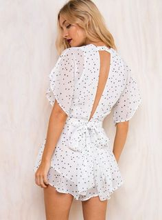 Cute fashion outfits ideas for 2019 womens fashion trendy summer spring crop tops and womens skirt outfits Cute Fashion, Look Fashion, Skirt Fashion, Trendy Fashion, Fashion Dresses, Womens Fashion, Summer Outfits, Cute Outfits, Skirt Outfits