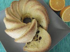 Osvěžující bábovka s chutí pomeranče. Hrnkové recepty jsou osvědčená klasika, tak si ji vylepšete pomerančem a citronem a rozinkami. Autor: Lucka Kefir, Tiramisu, Bagel, Bread, Author, Brot, Baking, Breads, Tiramisu Cake