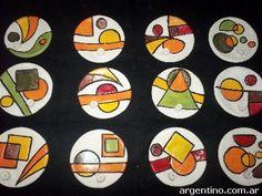 platos de pasta piedra - Buscar con Google Pottery Painting, Ceramic Painting, Ceramic Art, Pottery Plates, Ceramic Pottery, Ceramic Jewelry, Clay Jewelry, Pasta Piedra, Pottery Tools
