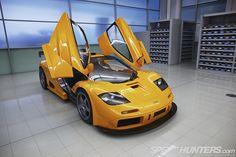 McLaren F1 GTR - doors open