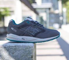 Asics Gel Saga – Dark Grey / Dark Grey