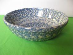 Henn Pottery Blue Spongeware Medium Pasta Salad Bowl Made in USA #teamsellit #Henn Pottery