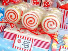 Sugar Cookie Whirly Pops
