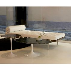 Barcelona® Day Bed | Knoll