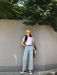 Gorgeous Clothes on korean fashion outfits 904 Source by diana_antonova outfits korean Korean Girl Fashion, Korean Fashion Trends, Korea Fashion, Asian Fashion, Ulzzang Fashion Summer, Korean Street Fashion Summer, Mode Outfits, Korean Outfits, Fashion Outfits