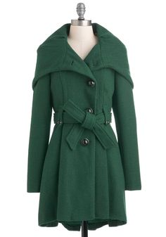 Ready for any weather with our lovely assortment of plus size coats at ModCloth! Shop all plus size winter coats at ModCloth, come rain or shine! Mode Style, Style Me, Cool Outfits, Fashion Outfits, Green Outfits, Fall Fashion, Vintage Coat, Retro Vintage, Stylish Coat