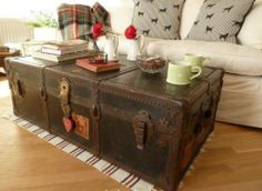 Vintage Retro Steamer Trunk Wooden Coffee Table Blanket Box~