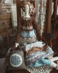 Гертруда ищет ❤️ #doll #tilda #handmade #sale #knitting #crossstitch #рукоделие #вязание #вышивка
