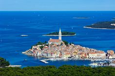 The period of peace under the Romans was followed by the attacks of the Visigoths, the Huns and other conquerors, when the inhabitants found refuge on the islands. On the island of Rovinj, the first walls started to rise near the high rocks as a natural defense. http://www.montemulinihotel.com/