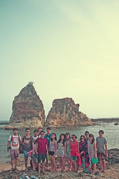 Miracle stone sawarna beach - indonesia 2013