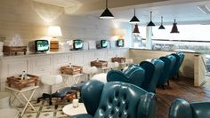 buy a giftcard for Leanne? Cowshed spa in Primrose Hill London - why do we not have a place like this to go to for a pedicure in Australia! and they have food! Treatment Rooms, Spa Treatments, Full Body Spa, Spa London, Shoreditch House, Babington House, Uk Nails, Best Spa, Spa Offers