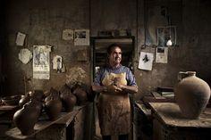 El fotógrafo de EL PAÍS Samuel Sánchez retrata las profesiones tradicionales perdidas en el tiempo