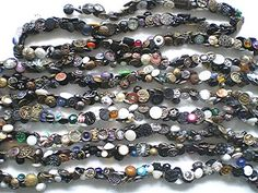 Charmstring of 1000 pre 1920 small buttons