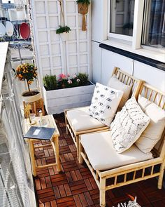 Best 12 Gorgeous Home Balcony Ideas With Unique Table Chairs Design - Balkon - Design RatBalcony Plants tan Furniture Small Balcony Design, Tiny Balcony, Small Balcony Decor, Balcony Ideas, Modern Balcony, Outdoor Balcony, Patio Ideas, Outdoor Decor, Small Patio