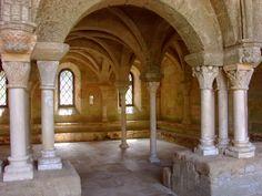 Abbaye de Fontfroide - la salle capitulaire