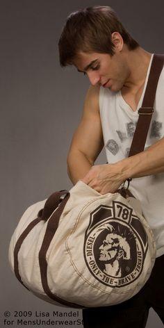 Luke Guldan by Lisa Mandel for Men's Underwear Store (2009) #LukeGuldan #LisaMandel #MensUnderwearStore #underwear #briefs #muscles #bodybuilding #malemodel #model #fitnessmodel #fitness #Wilhelmina #WilhelminaModel #diesel #chest #pecs #abs