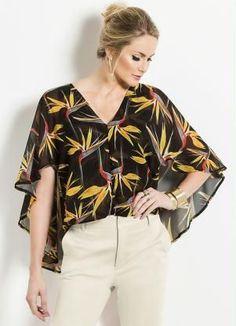 Blusa Capa Estampada Colcci - Colcci Blouse Styles, Blouse Designs, Scarf Top, Embroidery Fashion, Indian Wear, Clothing Patterns, Plus Size Fashion, Ideias Fashion, Casual Outfits