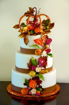 fall cake - The pumpkin on top was hand made all made from gum paste, and fondant. Amazing Wedding Cakes, Fall Wedding Cakes, Amazing Cakes, Wedding Ideas, Wedding Goals, Autumn Wedding, Pretty Cakes, Beautiful Cakes, Fondant Cakes