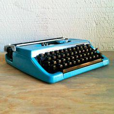 Vintage Blue Manual Typewriter   dotandbo.com #DotandBoDream