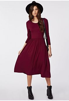 This lust-have long sleeve lovely is a layering dream this season. The oxblood midi dress with fit and flare skater style with cinched elasticated waist in a jersey fabric is smokin'. Team this with cute ankle boots and lots of layers for...