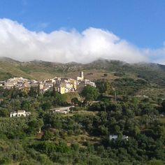 #Buongiorno da #rionellelba #RioElba #isoladelba #tuscany #Toscana #tuscanygram #visirioelba  #visittuscany #sky #landscape #panorama #Ilikeitaly #goodmorning #morning #elbadascoprire #tuscany