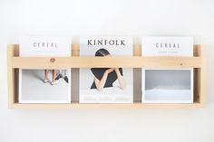 DIY Ideas for Wall Mounted Magazine Rack — Reddish Home Ideas Estilo Interior, Cafe Interior, Diy Furniture Glaze Recipe, Diy Furniture Projects, Diy Projects, Magazine Display, Magazine Rack, Bathroom Design Software, Wooden Diy