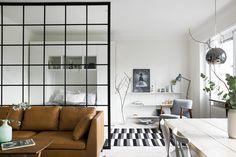 Decor Zone        • interior • home decor • decorating • studio apartment • glass wall • kitchen          — gravity-gravity:   Source: Fantastic Frank...