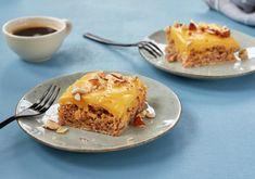 Suksessterte i langpanne Lasagna, Muffins, Baking, Ethnic Recipes, Desserts, Food, Tailgate Desserts, Muffin, Deserts