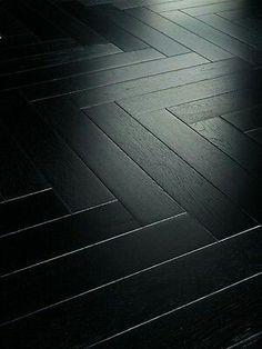 Parador Parkett Trendtime 3 Living Oak schwarz Matt Stab (individueller Look) Parquet Flooring, Wooden Flooring, Kitchen Flooring, Hardwood Floors, Planchers En Chevrons, Black Wood Floors, Floor Design, House Design, Wood Floor Texture