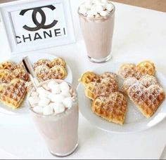 Waffles,milkshake and mashmellows.