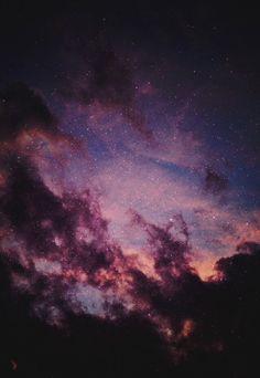 Noche estrellada púrpura