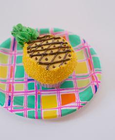 Pineapple Cupcakes!