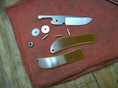 parts to a great friction folder http://www.michaelmorrisknives.com/9.html