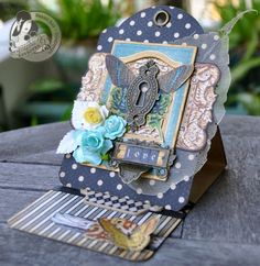 "of photos & paper: ""Love"" Easel Card, card design, #graphic45"