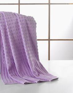 "New Jonathan Adler Honeycomb 40/""x70/"" Beach Towel Lavendar Border"
