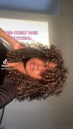 Long Curly Hair Men, Curly Hair Tips, Curly Hair Care, Curly Hair Styles, Natural Hair Styles, Hair Places, Cute Curly Hairstyles, Curly Hair Problems, Curly Hair Tutorial