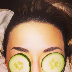Treatments For How To Get Rid of Puffy Eyes & Cold Sore Remedies: Expert Dermatologist Gives Emergency Skin Care Tips