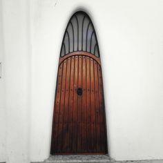 Groovy door.....baby   ..rh