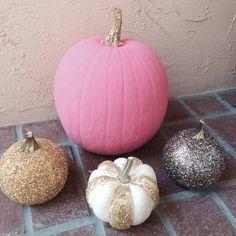 Pink and glitter pumpkins. Fall craft, guys!