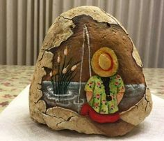 """More rock painting ideas. I'd love to """"TRY"""" the little girl fishing. (Please note: I did NOT make these they are only up here for ideas. Pebble Painting, Tole Painting, Pebble Art, Diy Painting, Stone Crafts, Rock Crafts, Arts And Crafts, Art Rupestre, Art Pierre"""
