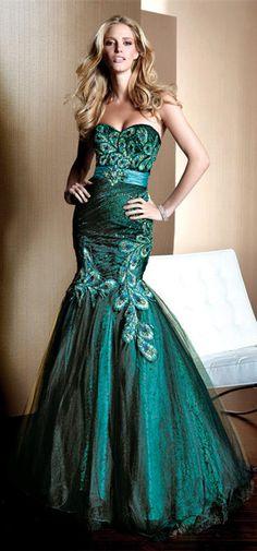 Sweetheart Mermaid Gown With Sweep Train