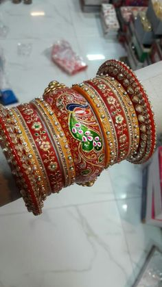 Trendy Jewelry, Fashion Jewelry, Chuda Bangles, Rajputi Jewellery, Bridal Chura, Indian Jewelry Sets, Bridal Bangles, Thread Bangles, Bangle Set