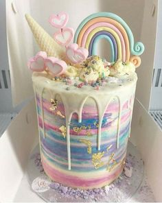 Delicious & Beautiful Birthday Cake Recipe ) ) This Unicorn Awesome-ness Explosion cake caught my eye! Beautiful Birthday Cakes, Beautiful Cakes, Amazing Cakes, Cute Cakes, Pretty Cakes, Bolo Tumblr, Cute Desserts, Rainbow Desserts, Rainbow Drinks