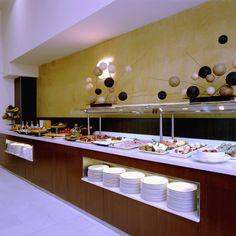 Desayuno Buffet para empezar el día con energía. Productos frescos y ricos en vitaminas. http://www.hoteles-catalonia.com/es/nuestros_hoteles/europa/espanya/catalunya/barcelona/hotel_catalonia_aragon/index.jsp