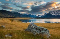 Cabalgata hasta los Glaciares Escondidos en Patagonia. Estancia Nibepo Aike, muy al sur de todo. http://www.guioteca.com/patagonia/travesia-a-caballo-hasta-los-glaciares-escondidos-una-experiencia-para-siempre/